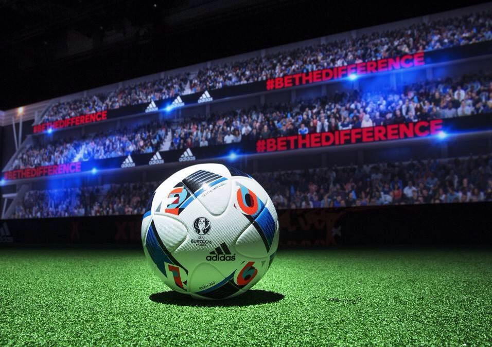 """Découvrez """"Beau Jeu"""", le ballon officiel Adidas de l'Euro 2016 !"""