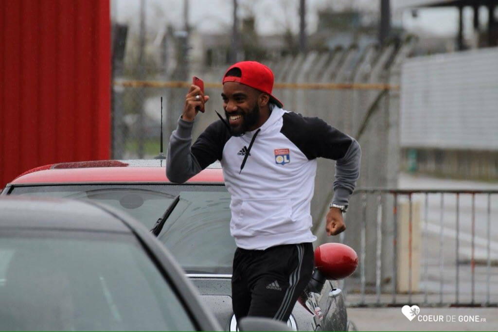 [Photos] Le départ des Gones pour Rennes