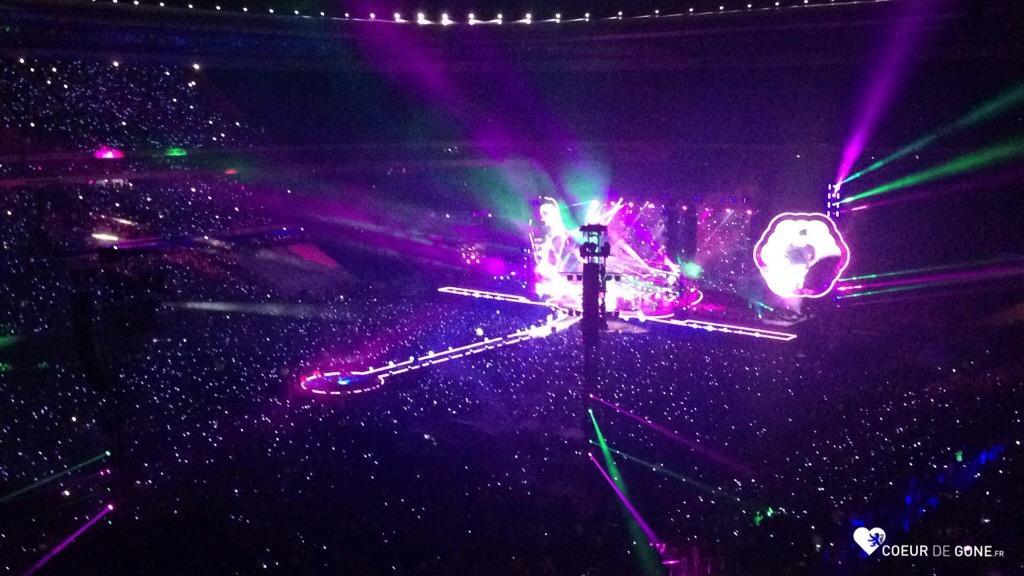 Coldplay met le feu au Parc OL