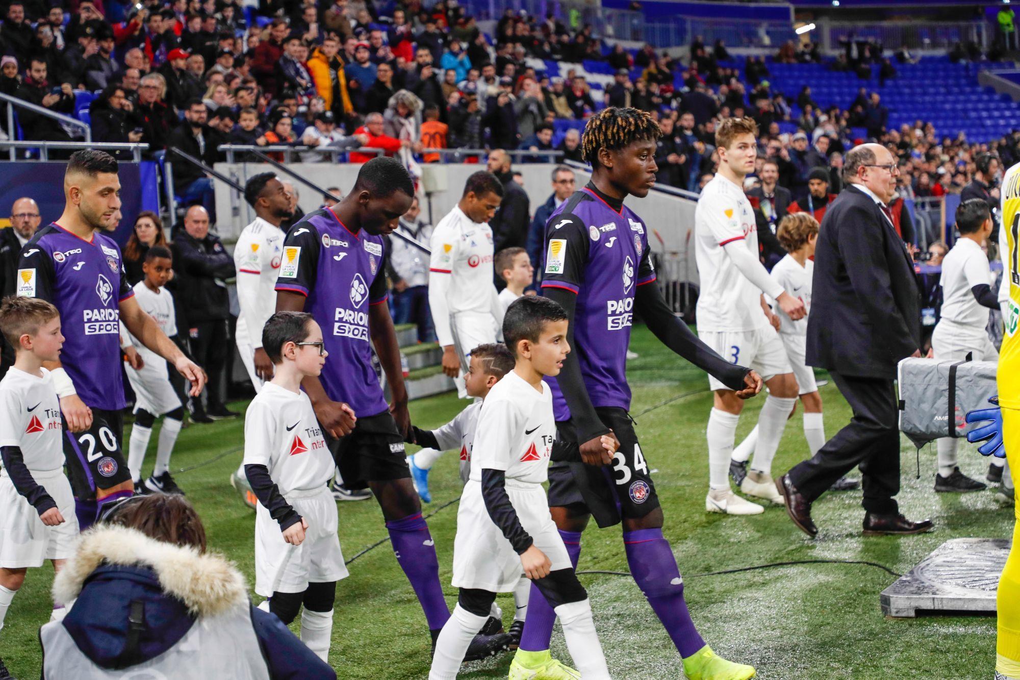 """[OL-TFC] LesViolets.com : """"L'OL a une direction qui défend le club. À Toulouse, on en est loin"""""""